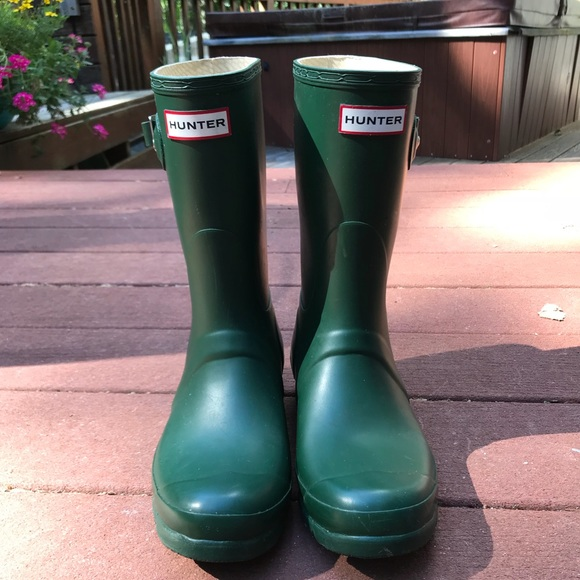 5bd7746f0 Hunter Shoes | Womens Green Rain Boot Original Short | Poshmark